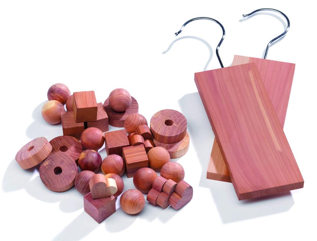 Sada 34ks cedrového dřeva pro přírodní ochranu proti roztočům