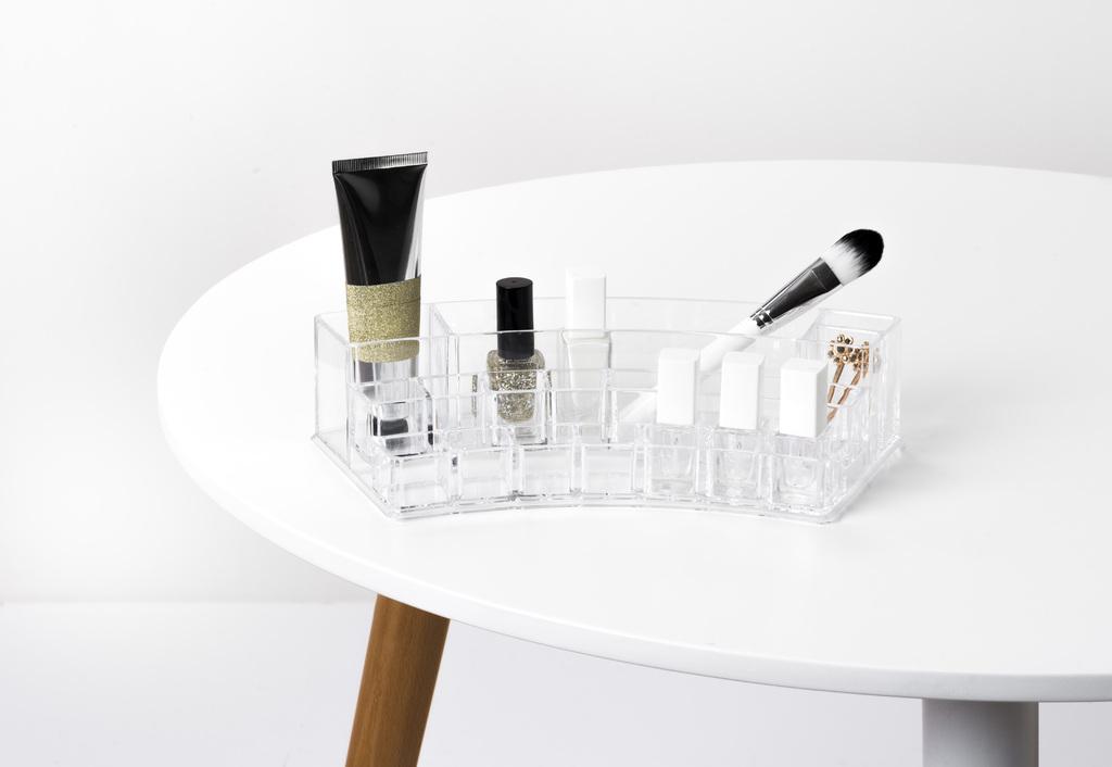 Zaoblený organizér na kosmetiku Compactor – 18 přihrádek, čirý plast